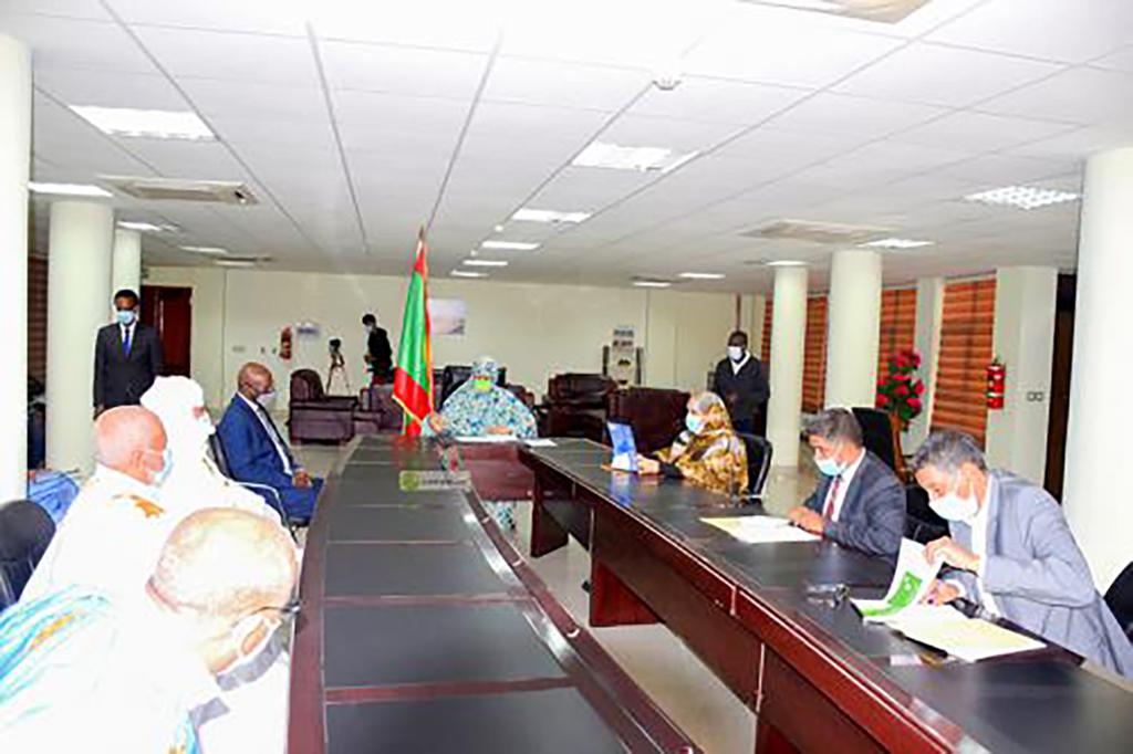hausse-des-denrees-de-premiere-necessite-la-ministre-rencontre-les-acteurs-mauritanie