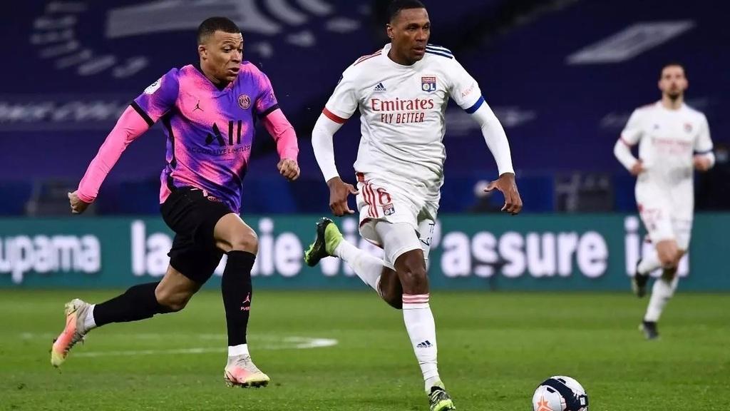 Le PSG reprend la tête du championnat après sa victoire sur Lyon
